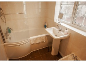 bathroom-old-spa-rooms-at-church-cottage